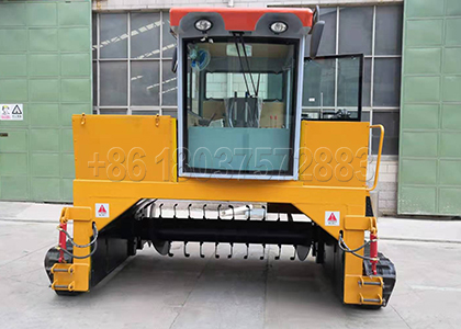Crawler Type Compost Turner for Cow Dung Fertilizer Processing